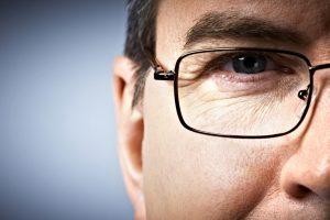 Pesquisas sugerem que a miopia é uma epidemia