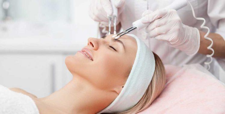 Procedimentos estéticos invasivos só podem ser feitos por médicos